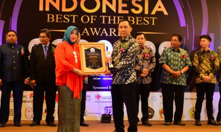 Terus Lakukan Pembenahan Dan Penataan, Awal 2019 IPC Palembang Raih Penghargaan The Best Indonesia Port Company In Service Excellent Of The Year